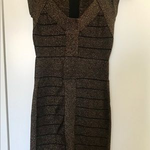 French Connection Dresses - French Connection Body con Black Gold Dress!